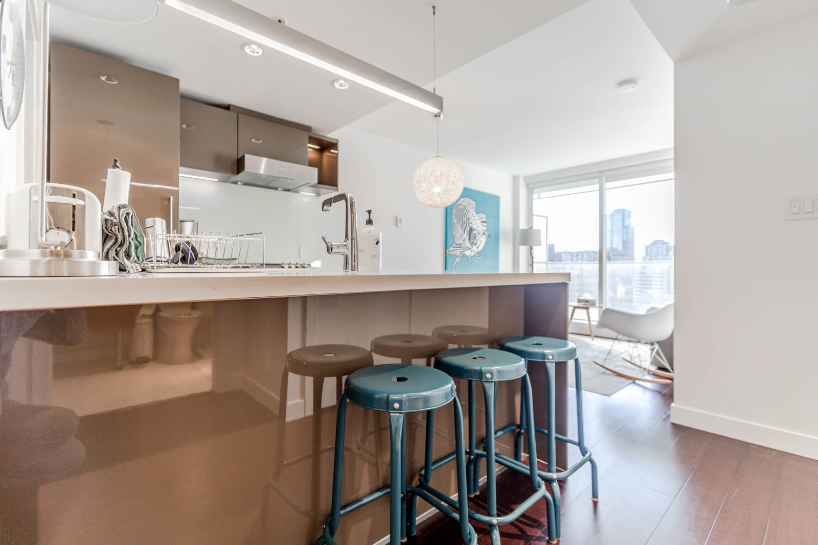 Kitchen with wet bar at Downtown Vancouver condo rental managed by Birds Nest Properties.