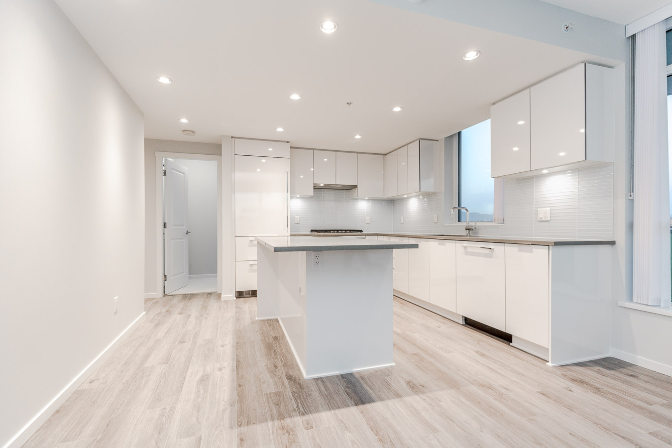 Newly renovated kitchen in Metrotown condo managed by Birds Nest Properties.