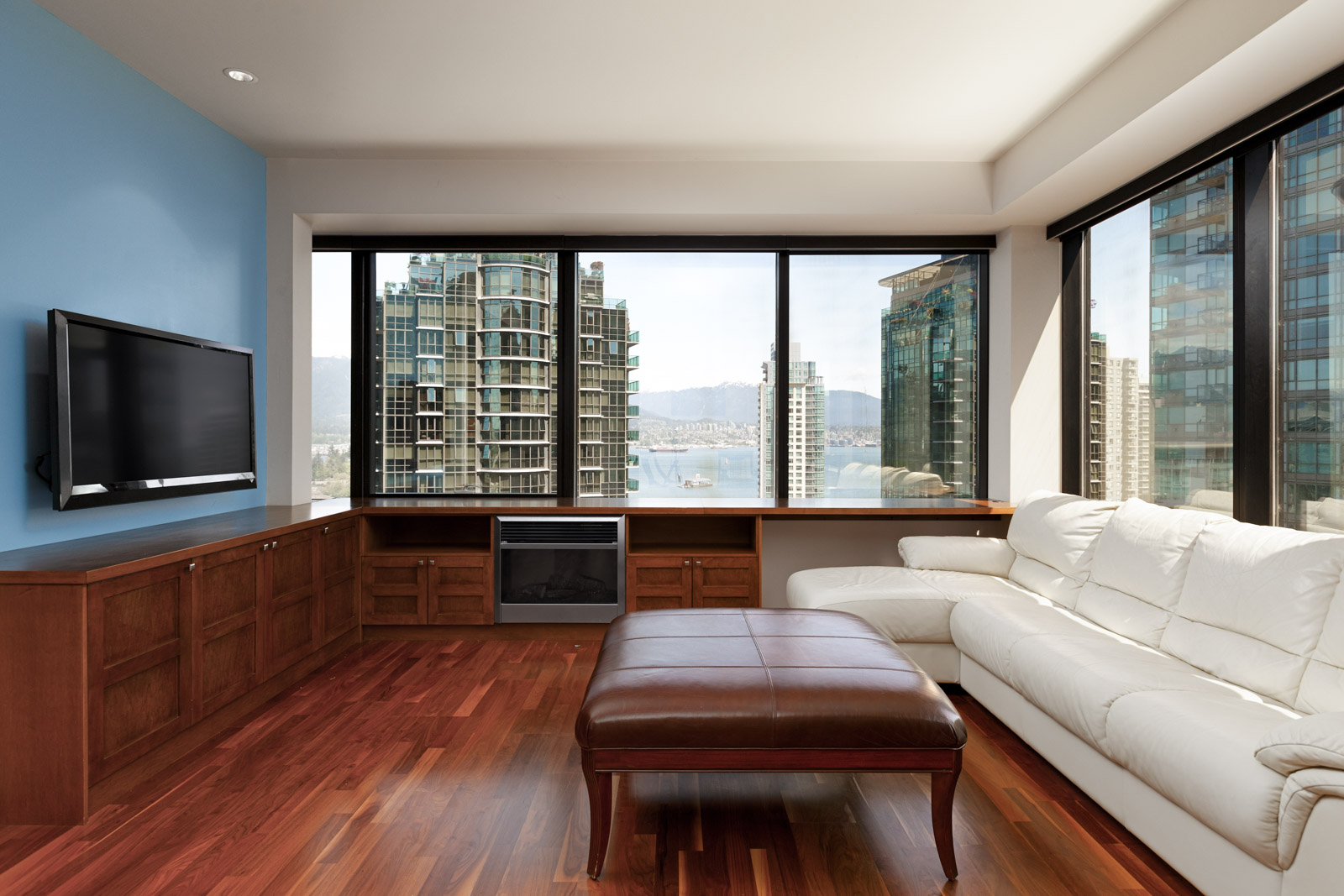 Living room with view in Coal Harbour