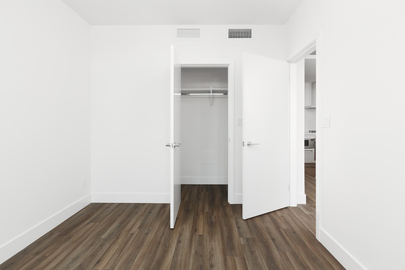 Condo bedroom in Kings Crossing rental property in Highgate village and Edmonds neighbourhood in Burnaby