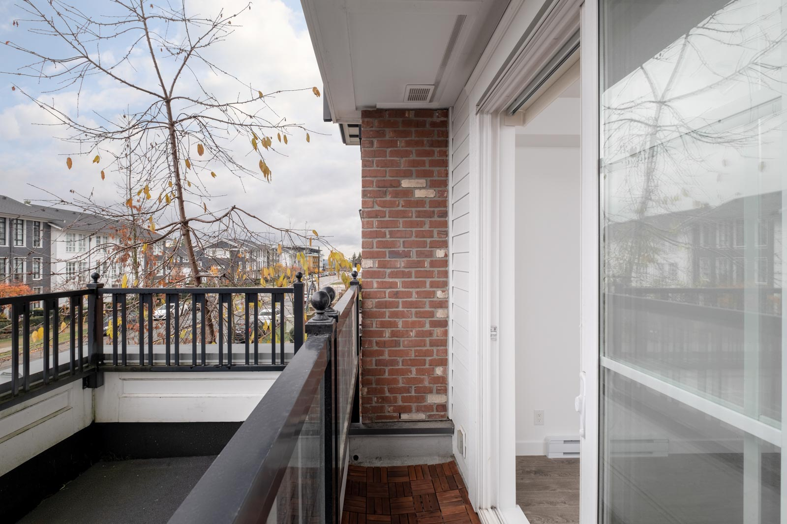 balcony side view in rental condo in the Lougheed Town Centre neighbourhood of Coquitlam