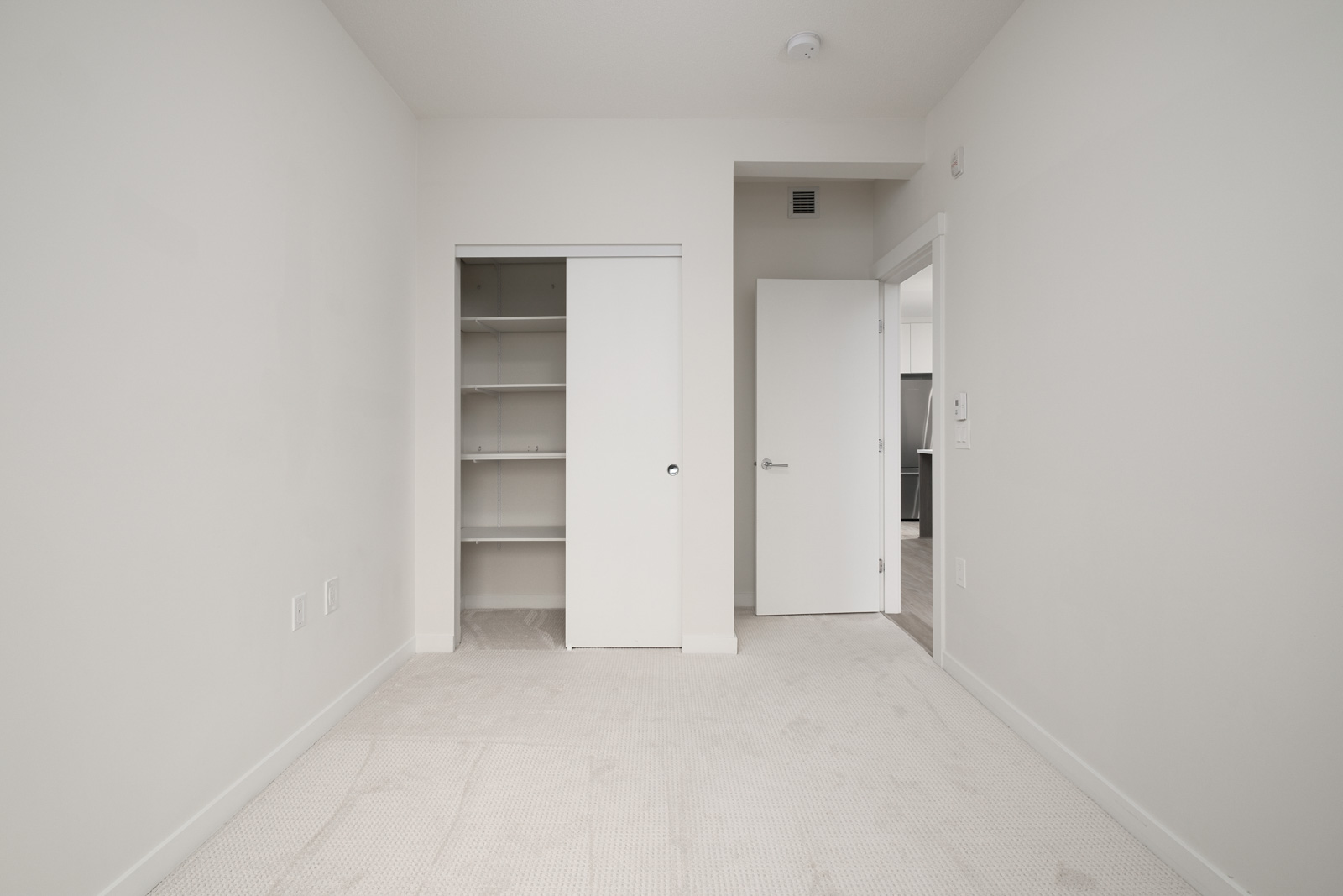 walk in closet in rental condo at Kindred Moodyville in the Lonsdale neighbourhood of North Vancouver