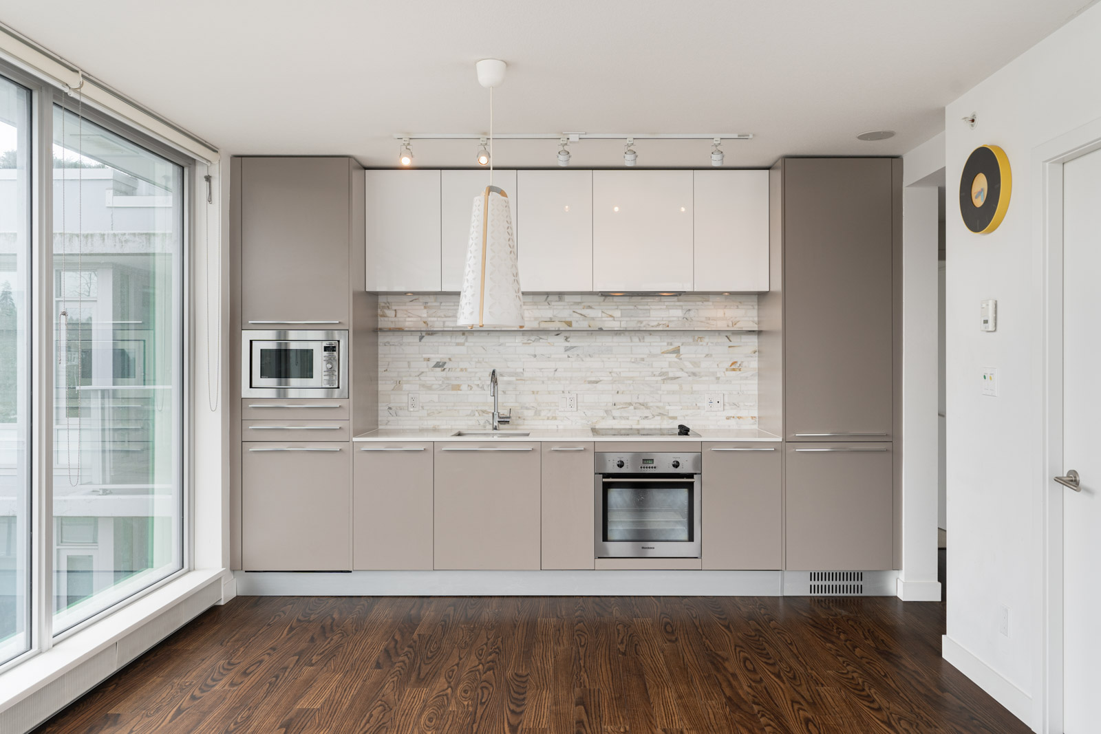 kitchen in rental house in the Marine Drive neighbourhood of Vancouver