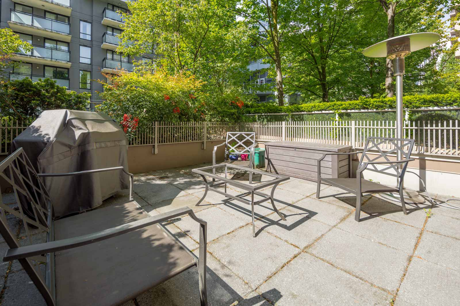 balcony with view of clear skies in rental condo in the Downtown neighbourhood of Vancouver