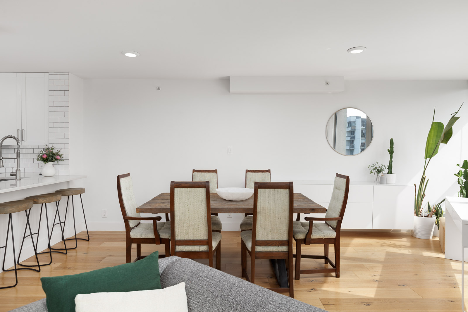 dining room in rental condo in the West End neighbourhood of Vancouver