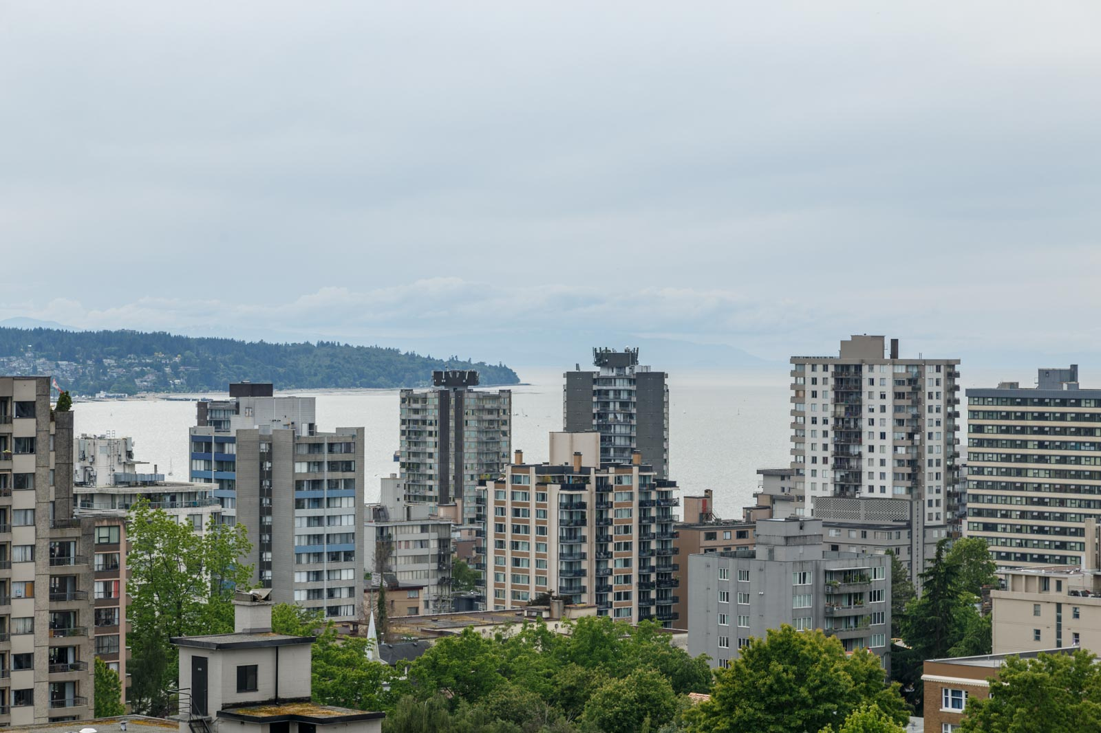 view of clear skies in rental condo in the West End neighbourhood of Vancouver