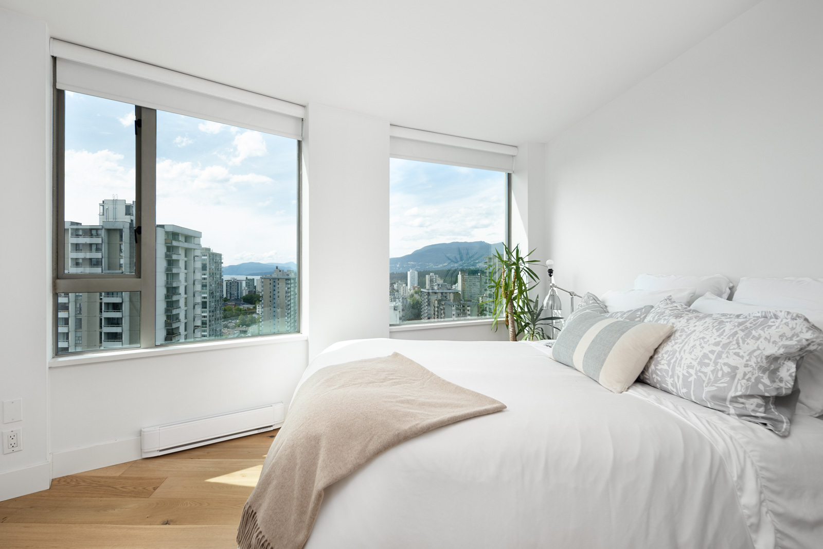 bedroom with closet in rental condo at The Jetson in the West End neighbourhood of Vancouver
