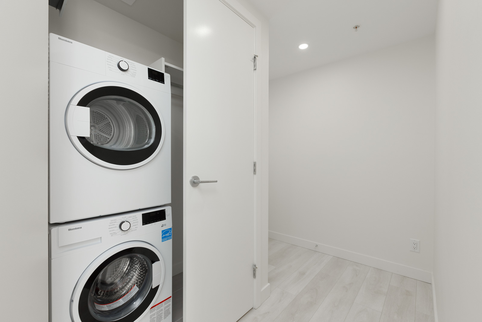 in-suite laundry with washer and dryer in condo managed by birds nest properties