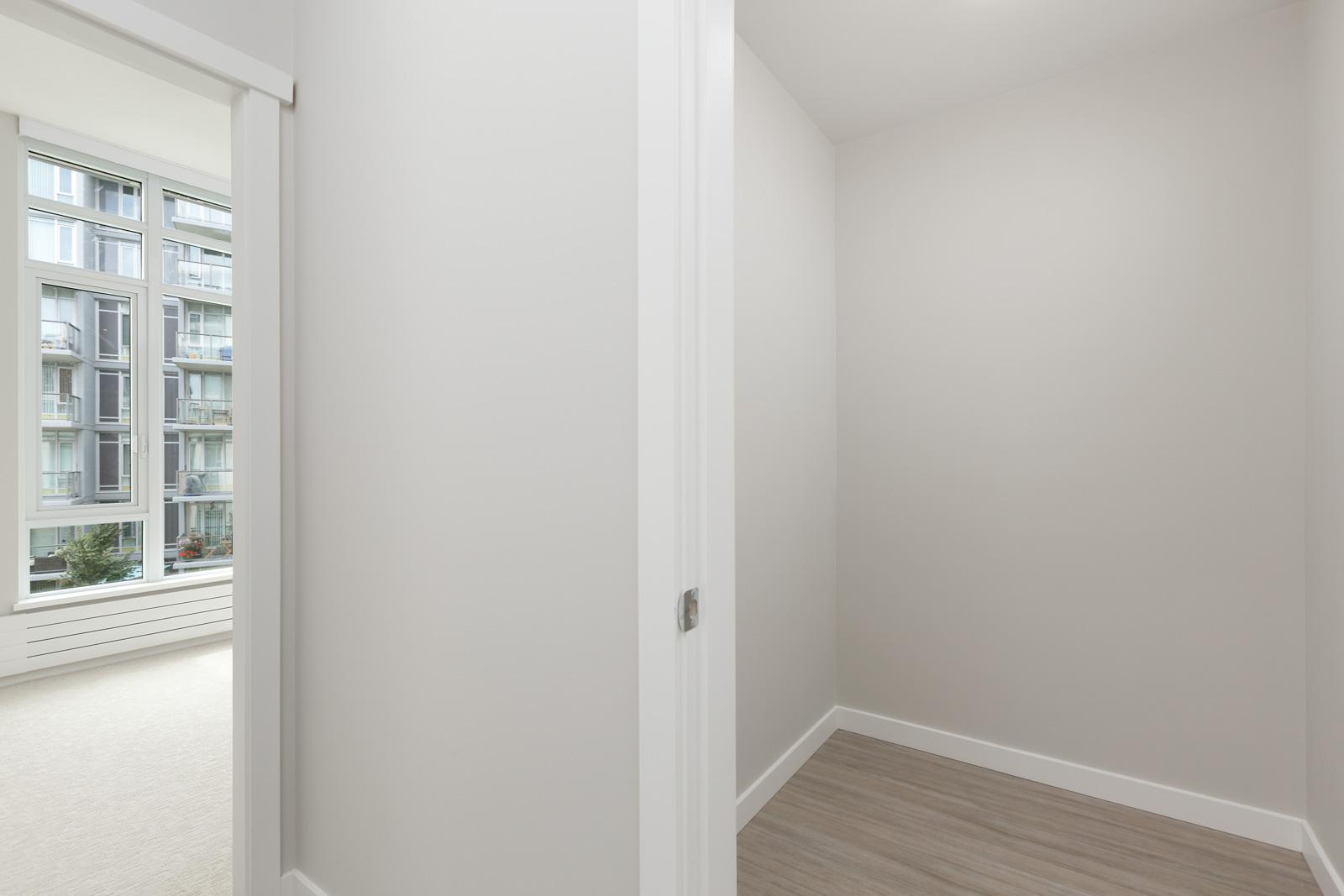 second bedroom in luxury condo managed by Birds Nest Properties