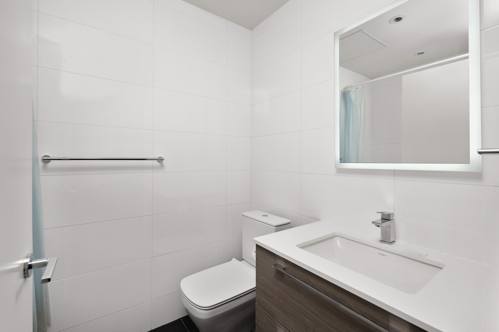 second bathroom with standing shower