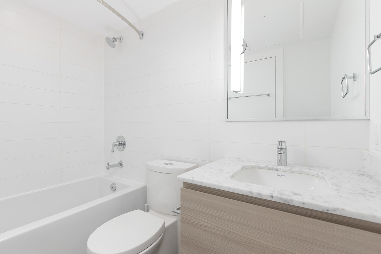 modern bathroom located in new westminster in the riversky tower 1