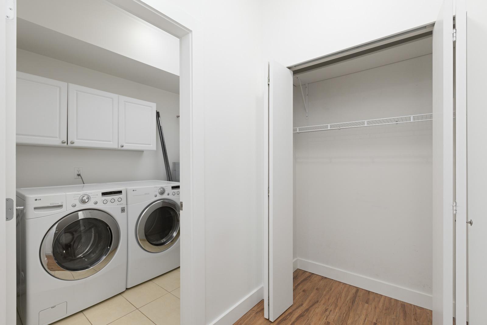 laundry machines in Burnaby condo